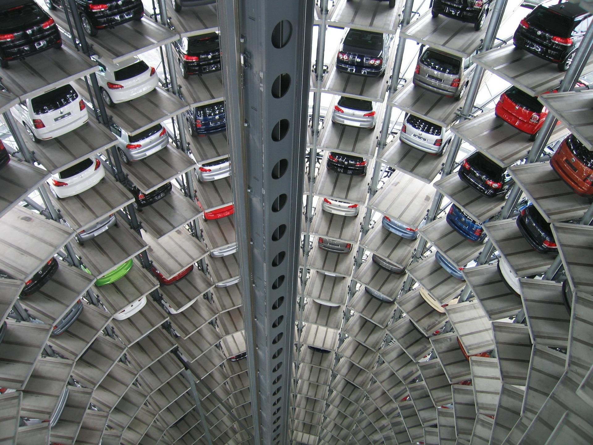 ジムニーは立体駐車場に入るのか